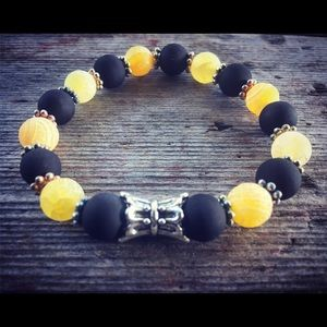 Black and yellow agate bracelet